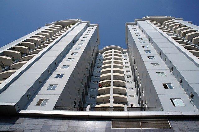 Validité d'une demande de permis de construire malgré une opposition de la copropriété