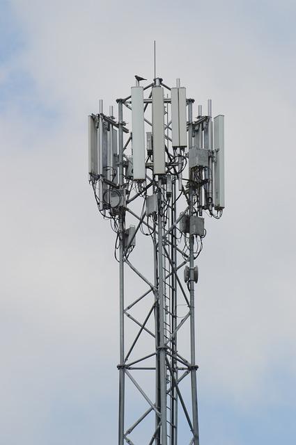 Projet d'allègement des modalités d'information du maire pour la construction d'antennes-relais