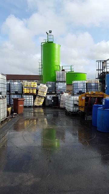 Responsabilité du propriétaire d'un site pollué en cas d'acte de vente transférant l'ensemble des biens et droits se rapportant à l'exploitation